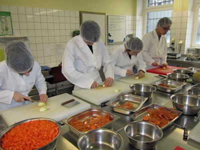 Deutsche Küche Hannover | Chinesische Studenten Lernen Die Deutsche Kuche Kennen Anna